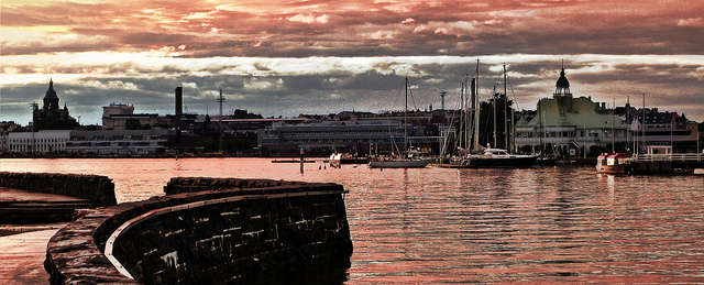 The Helsinki harbor at dusk. Unfortunately, I couldn't join the EuroEPINOMICS community in Finland. That's why I went photo shopping on Flickr to get an  impression of what it must be like (used under a Creative Commons Licence from https://www.flickr.com/photos/mariano-mantel/9086263721)
